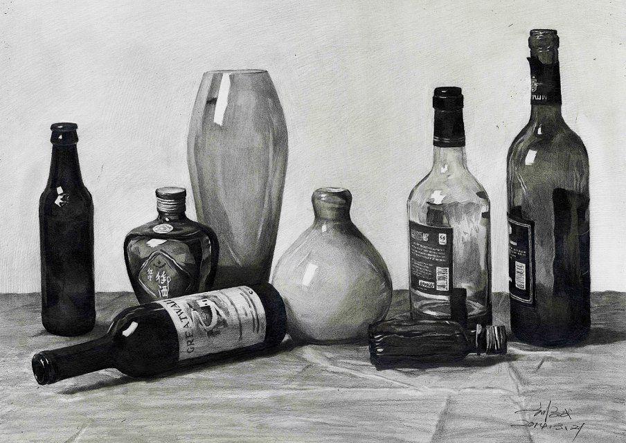 刘斌素描素描静物啤酒瓶红酒瓶红星二锅头玻璃花瓶,美术作品图库 美术宝图库