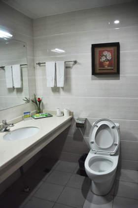 单间配套洗漱、厕所