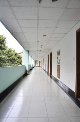 教学楼走廊环境